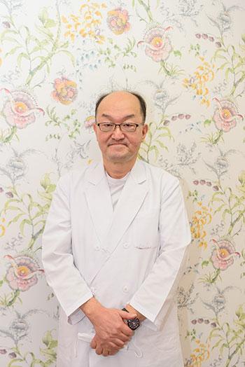 院長田中栄一